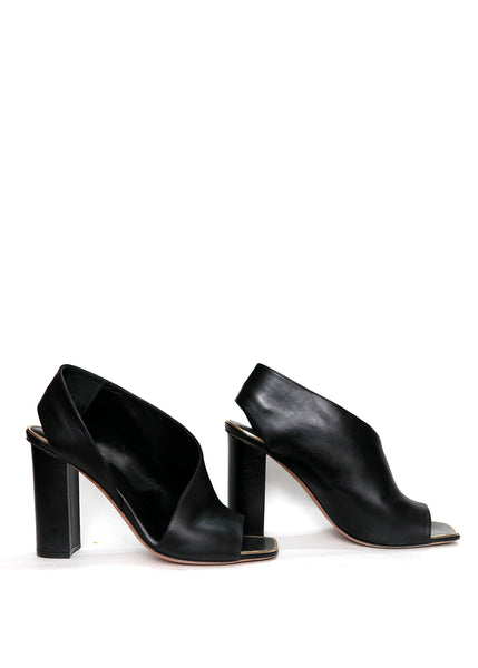 Right view of CELINE black leather strap sandals