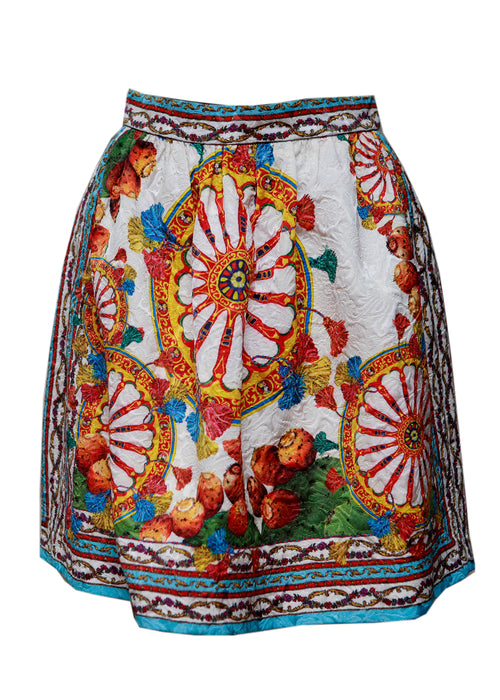 Back view of Dolce & Gabbana puffy skirt