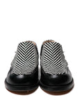 Black leather ankle shoes