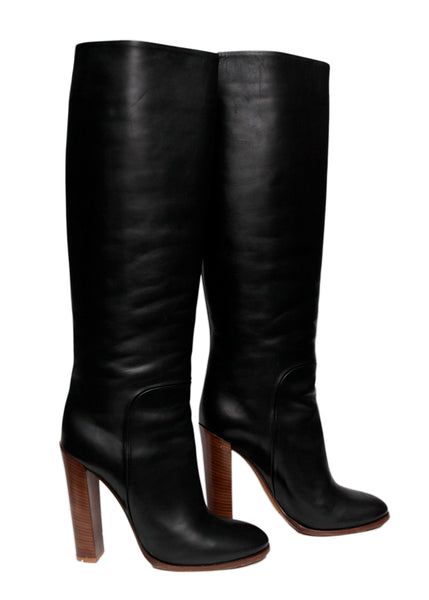 Right view of luxury Black Leather High Boots