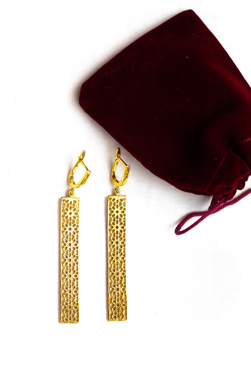 Momina Khatun SHAMSA silver earrings