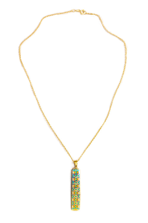 Silver necklace in gold with enamel