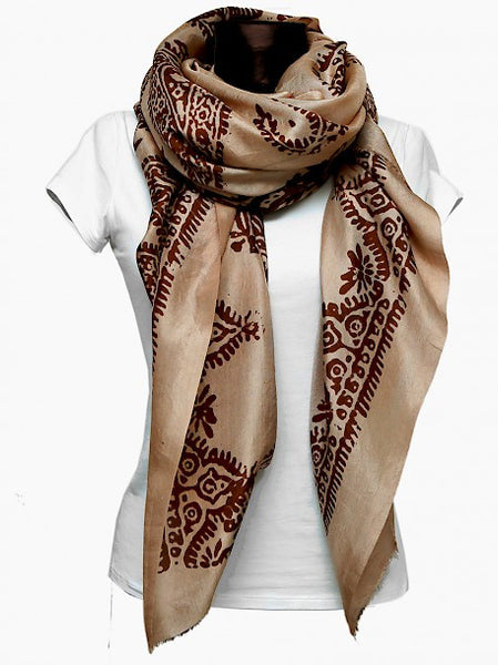 Beige color kelagayi with brown prints with white t-shirt