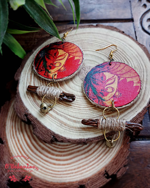 Durga wooden and jute dangler