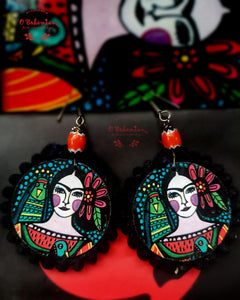 Frida wooden dangler
