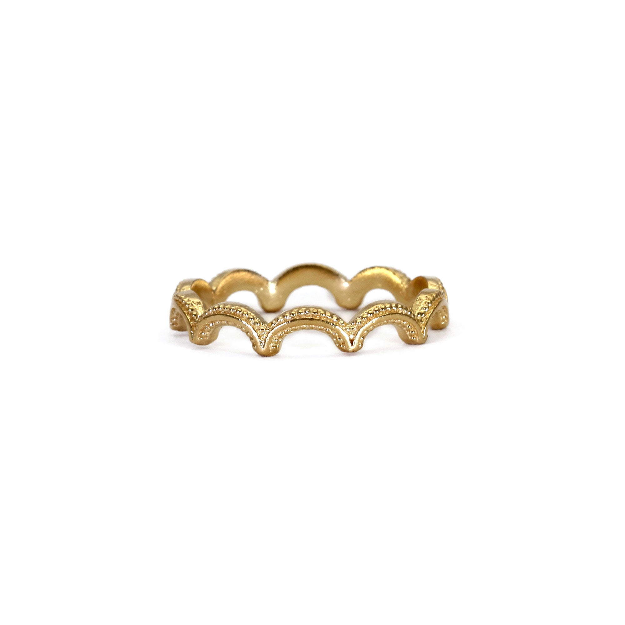Magma Wiggle Yellow Gold Ring