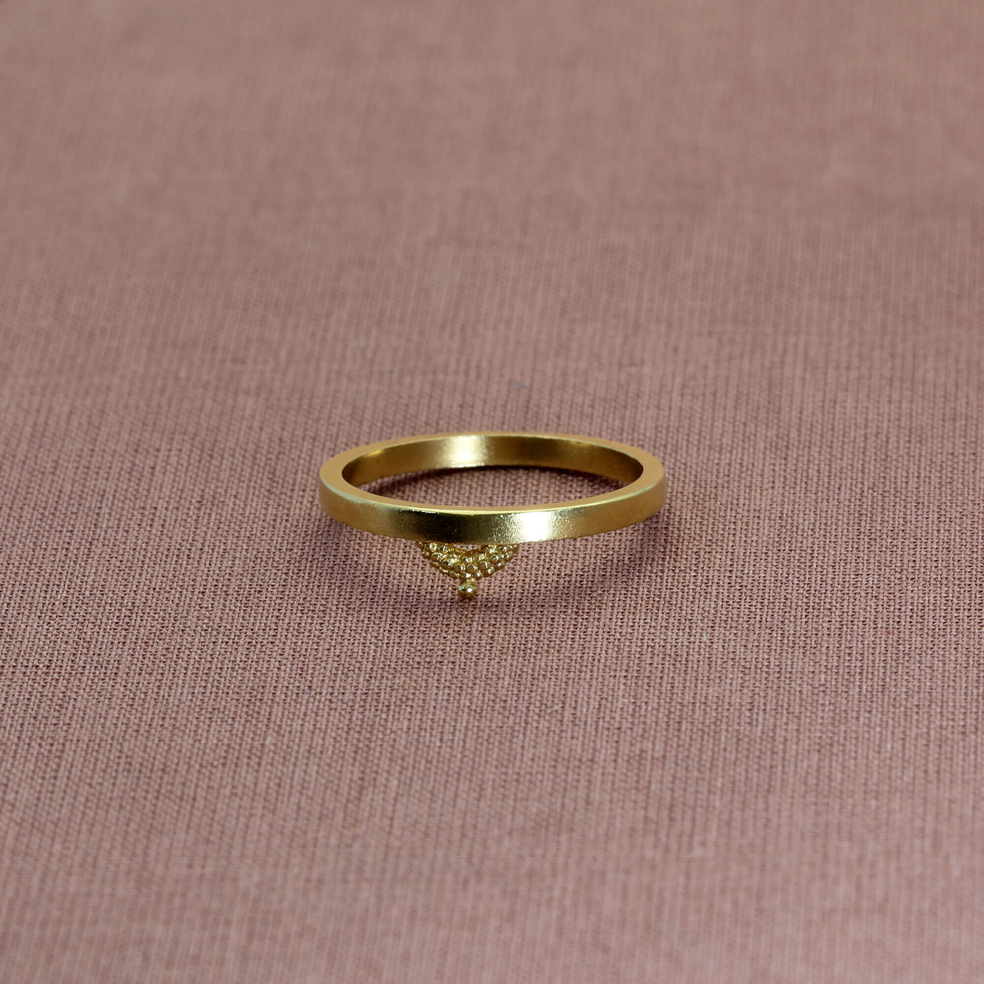 Pectus Yellow Gold Ring