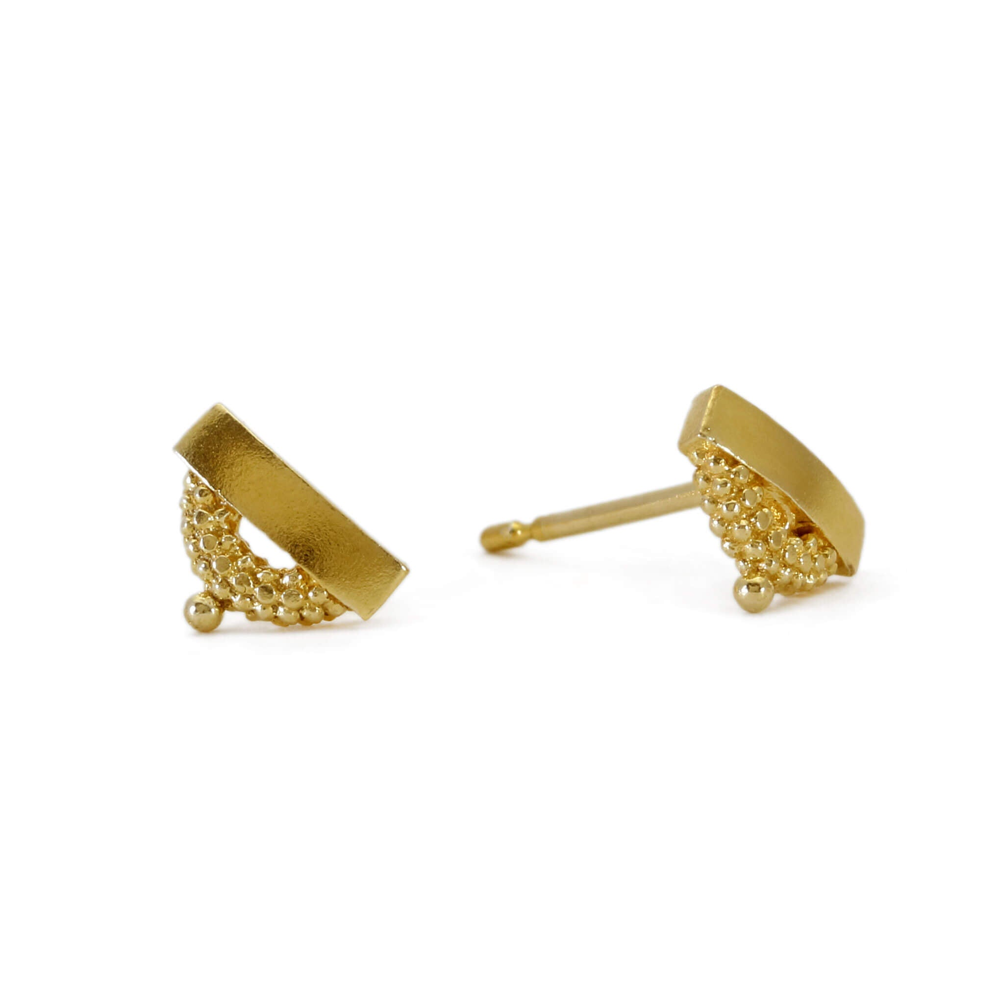 Pectus Yellow Gold Stud Earrings