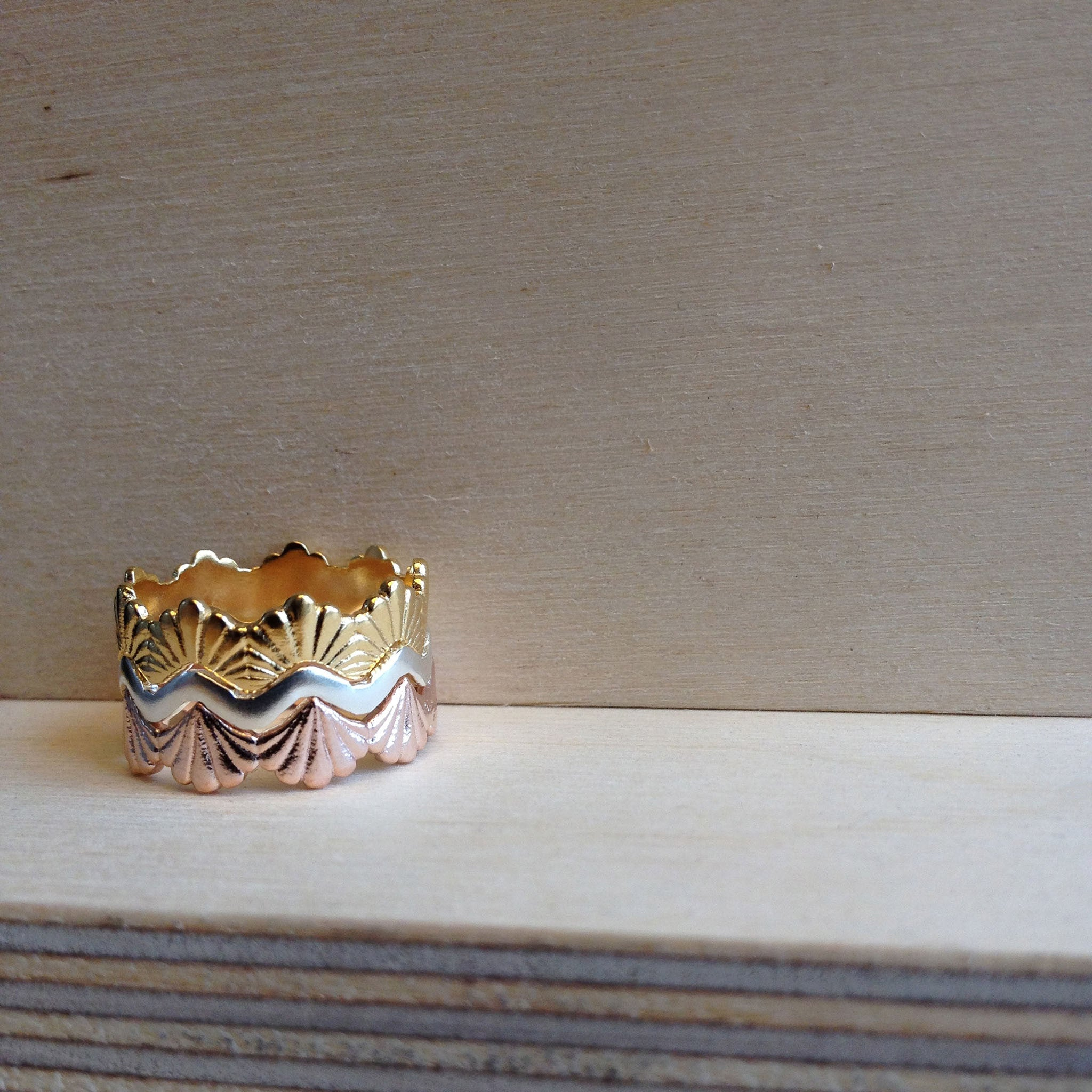 Plain Villa 18ct Yellow Gold Ring