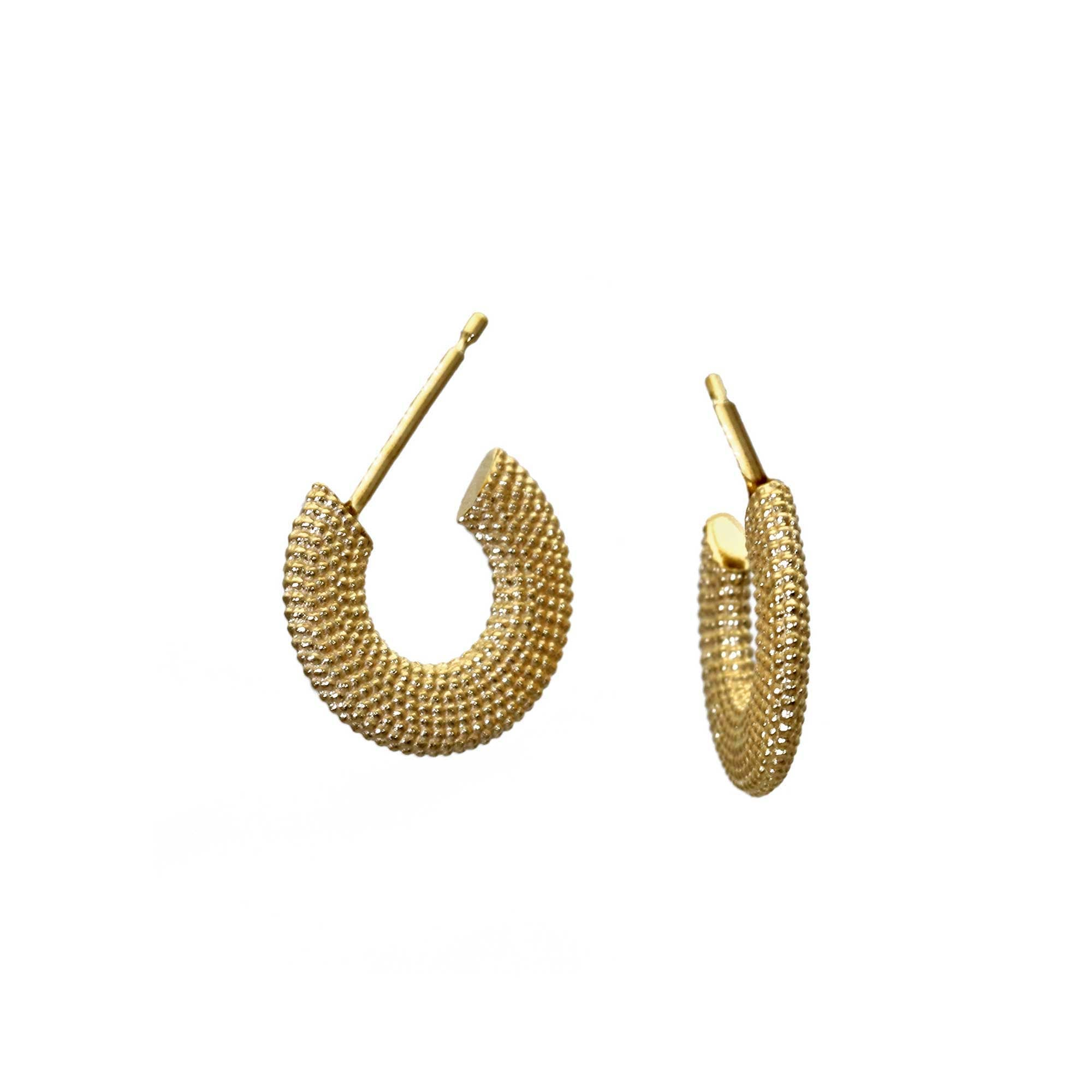 Weol granulated yellow gold chunky hoop earrings
