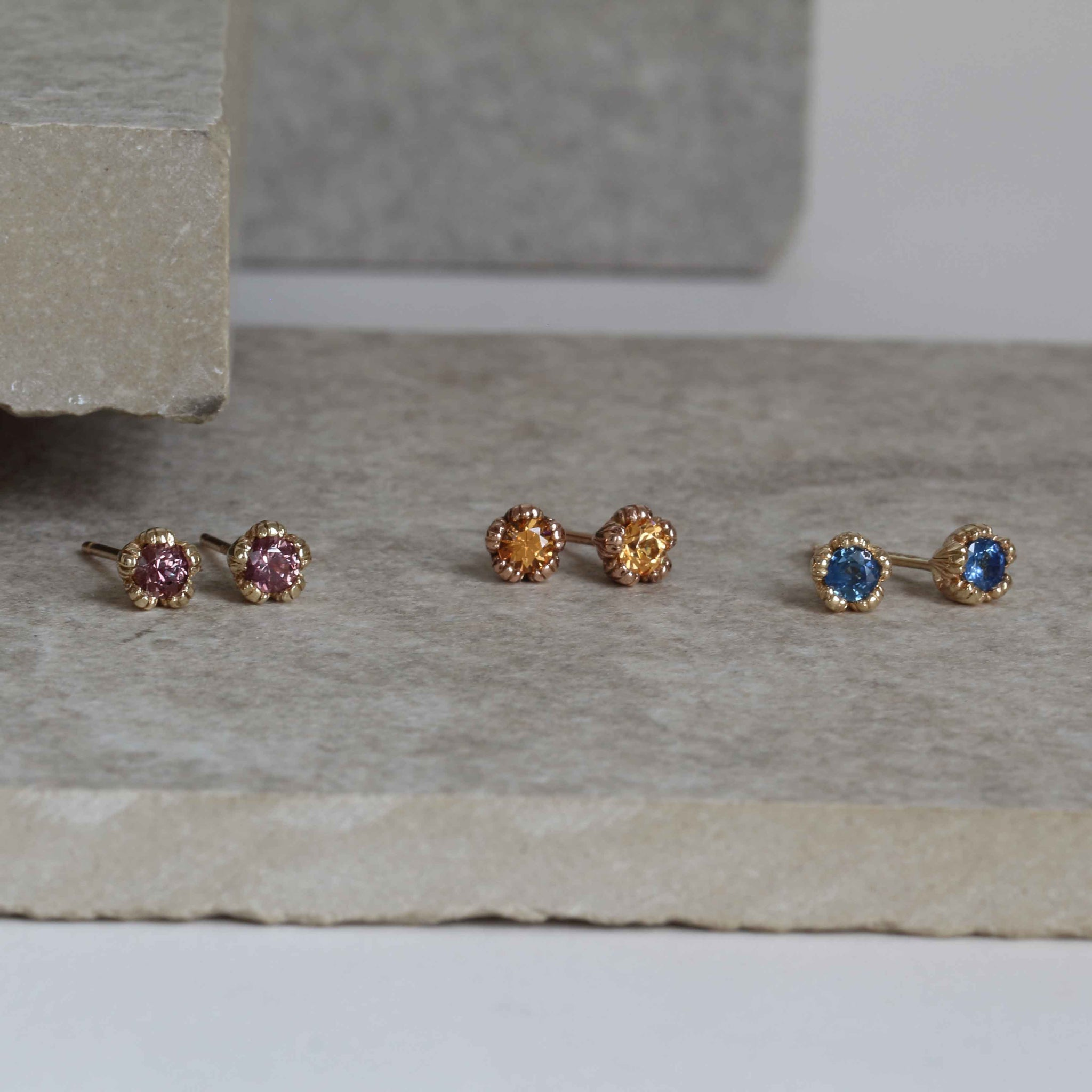 Villa 9ct Yellow Gold and Blue Sapphire Stud Earrings