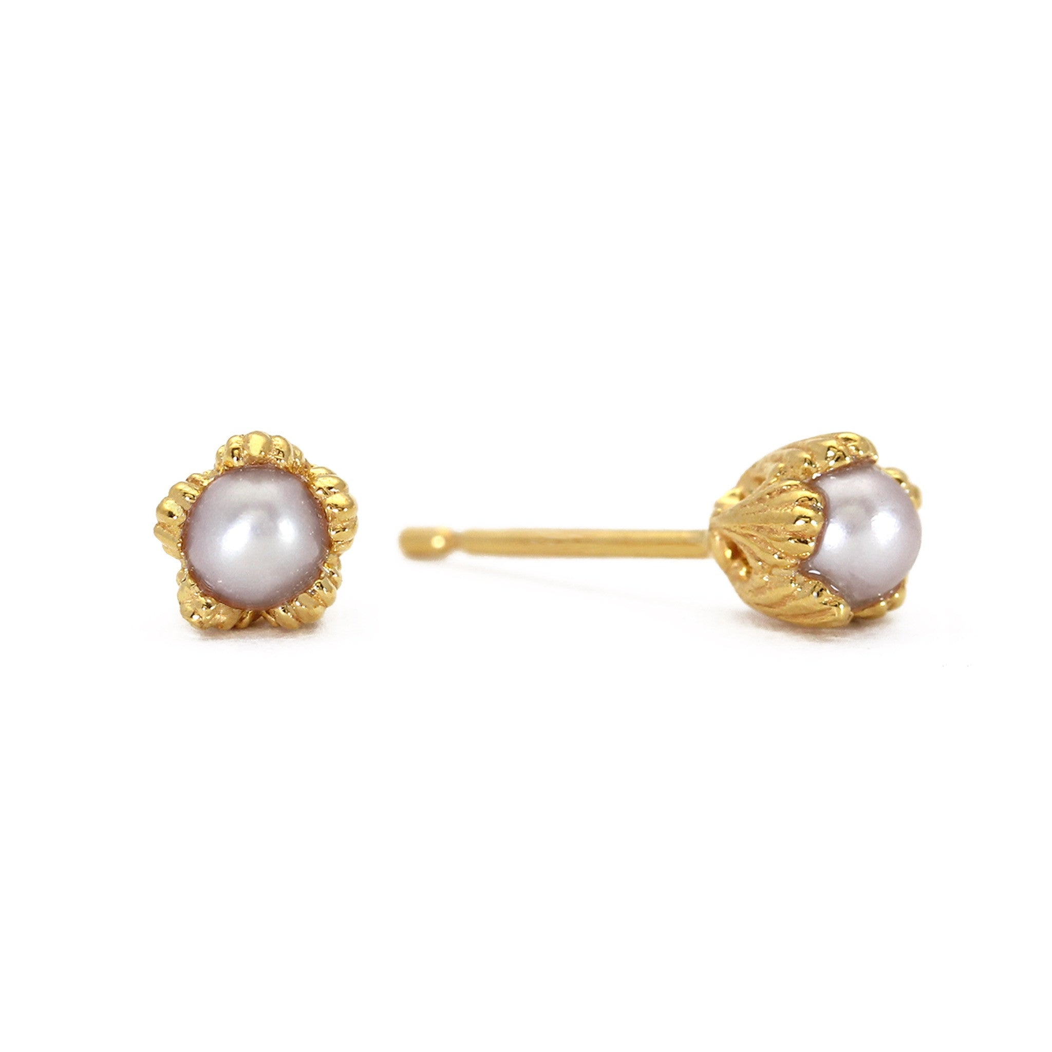 Villa Yellow Gold and Pearl Stud Earrings