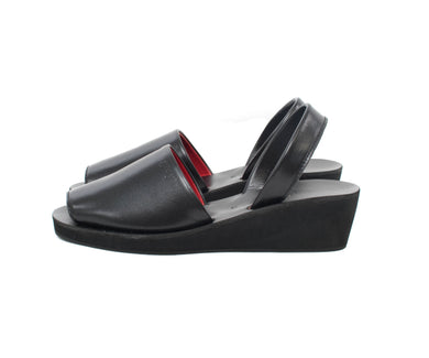 Odette (Black) - Signature Series (Wedge) - greyortenhill