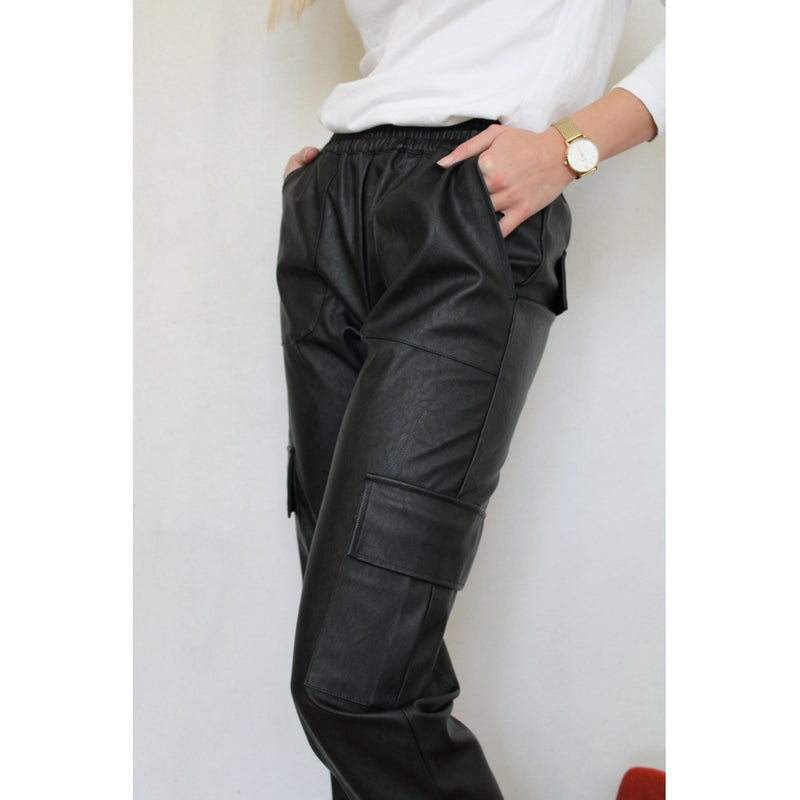 Continue Duffy PVC pant Pants Black