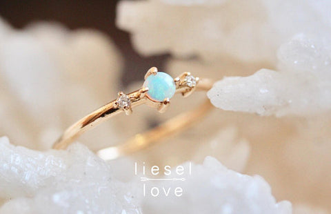 Moonlight Drive Ring (Opal)