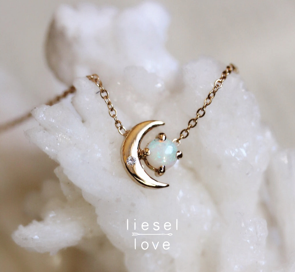 Moon of My Life Necklace (Opal)