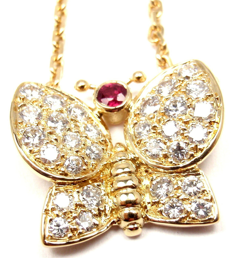 5 Must Have Designer Necklaces Available Online
