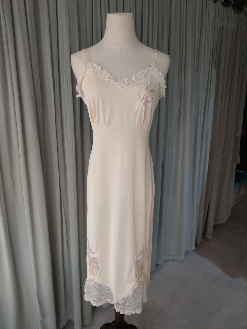 1960s nude lace slip with satin flowers