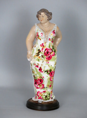 Fiorella Tuttodonna Curvy Lady Ornament With White Rose