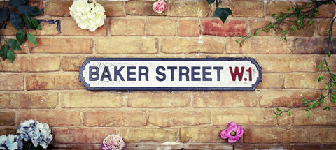 Baker Street W1 Vintage Retro Crackle White Black Road Sign