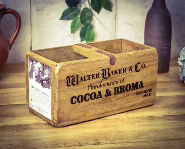 Medium Cocoa Walter Baker & Co Vintage Solid Wood Carry Box