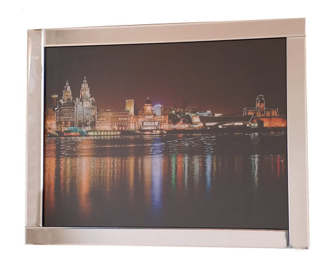 Liquid Art Mirror Frame Glitter London at Night Hanging Picture