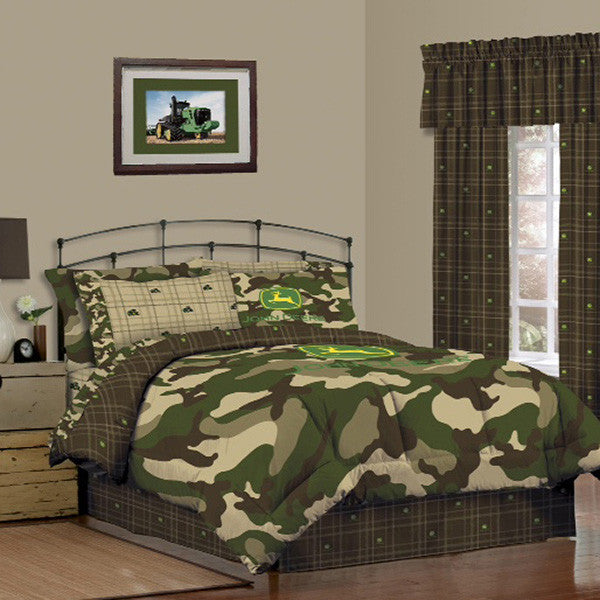 John Deere Camo and Green Queen Bed Skirt - tractorup2