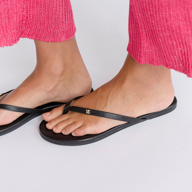 Rivington Black Leather Flip Flop