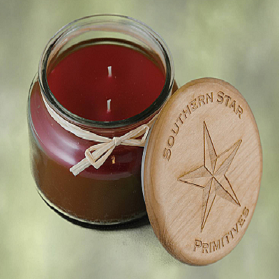 10 Oz Cranberry Scented Jar Candle with Wooden Top