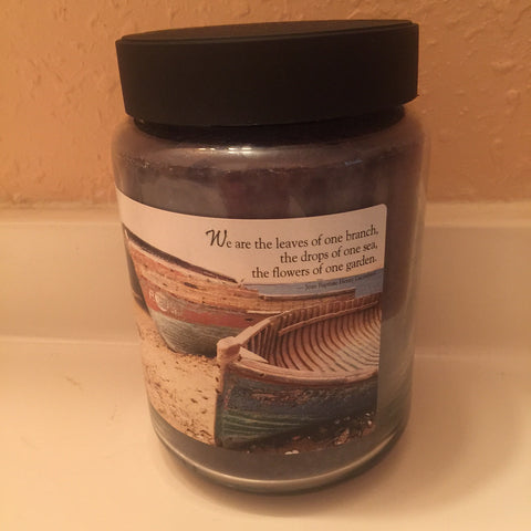 "Crossroads 26 Ounce Weekend Retreat ""Boats"" Candle"