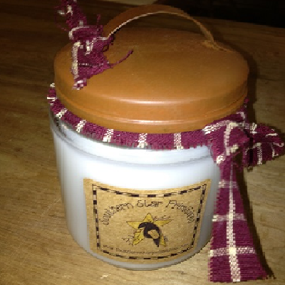20 Oz Country Clothesline Scented Jar Candle with Rusty Lid with Handle
