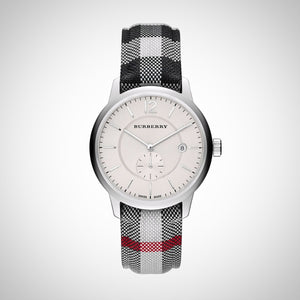 Burberry BU10002 Classic Men's Round Leather watch.