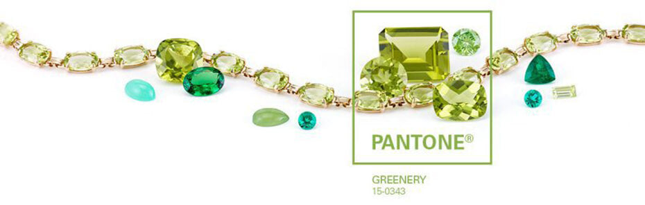 Green necklace trends