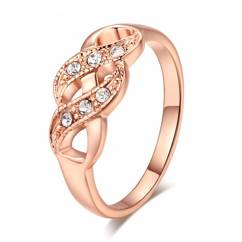 Rose Gold Luxurious Waves Ring
