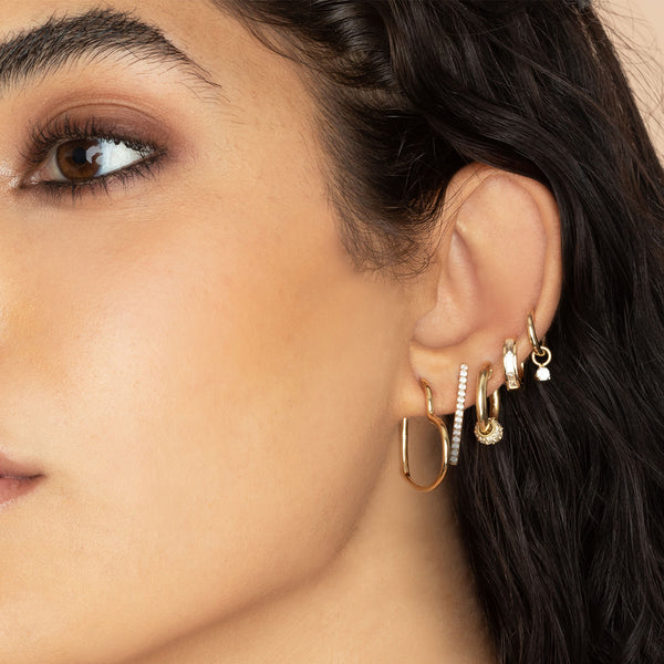 SMALL DIAMOND BAGUETTE HOOP EARRING