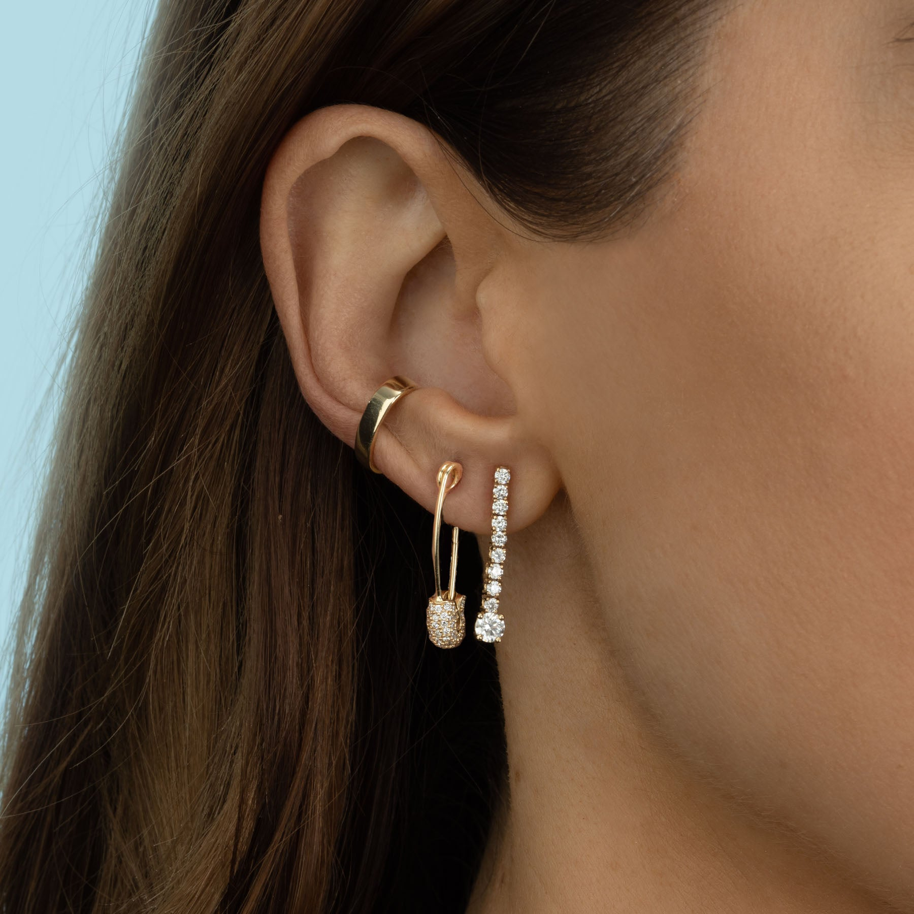 MEDIUM PAVÉ TOP SAFETY PIN EARRING