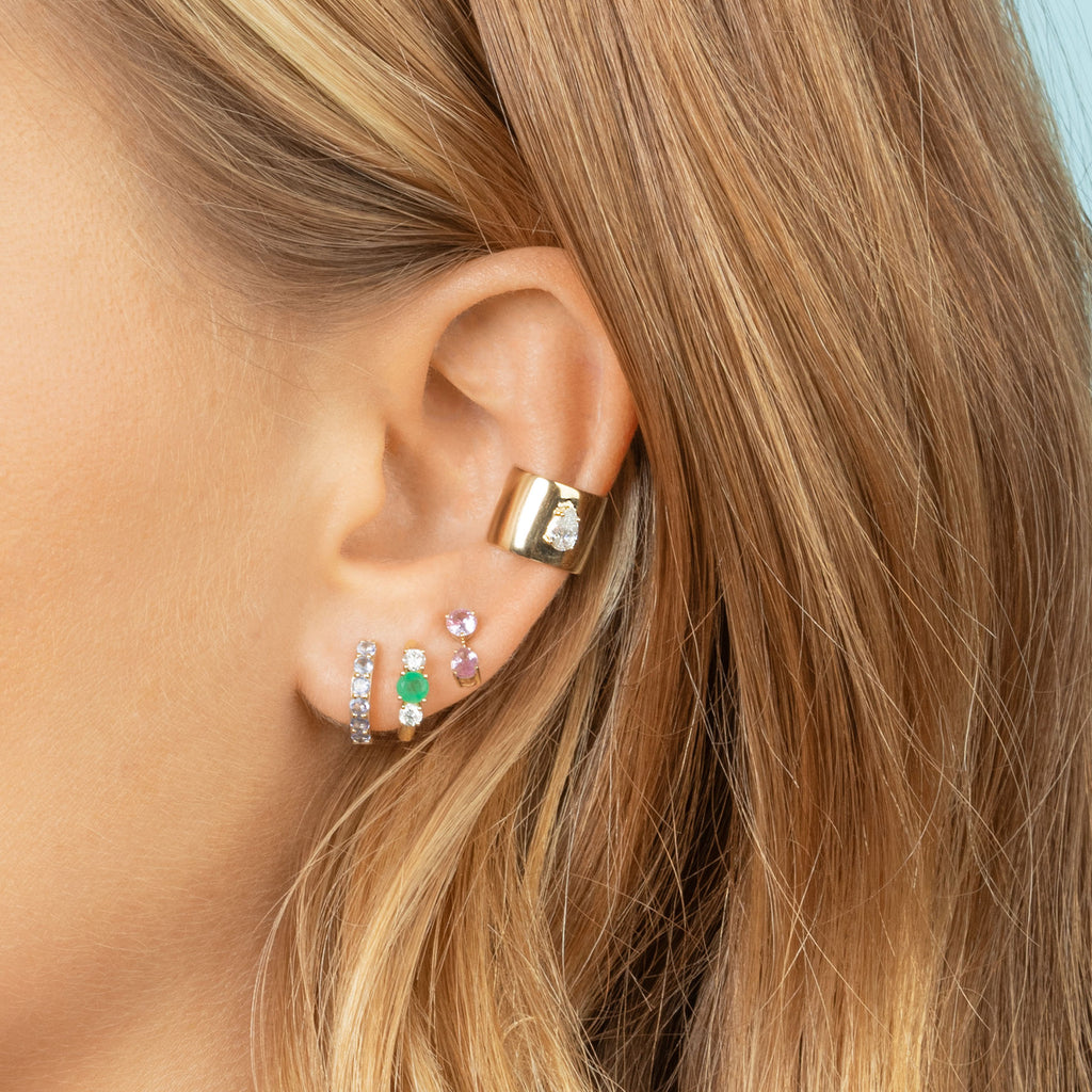 DIAMOND AND EMERALD DARLING SLIM HOOP EARRING