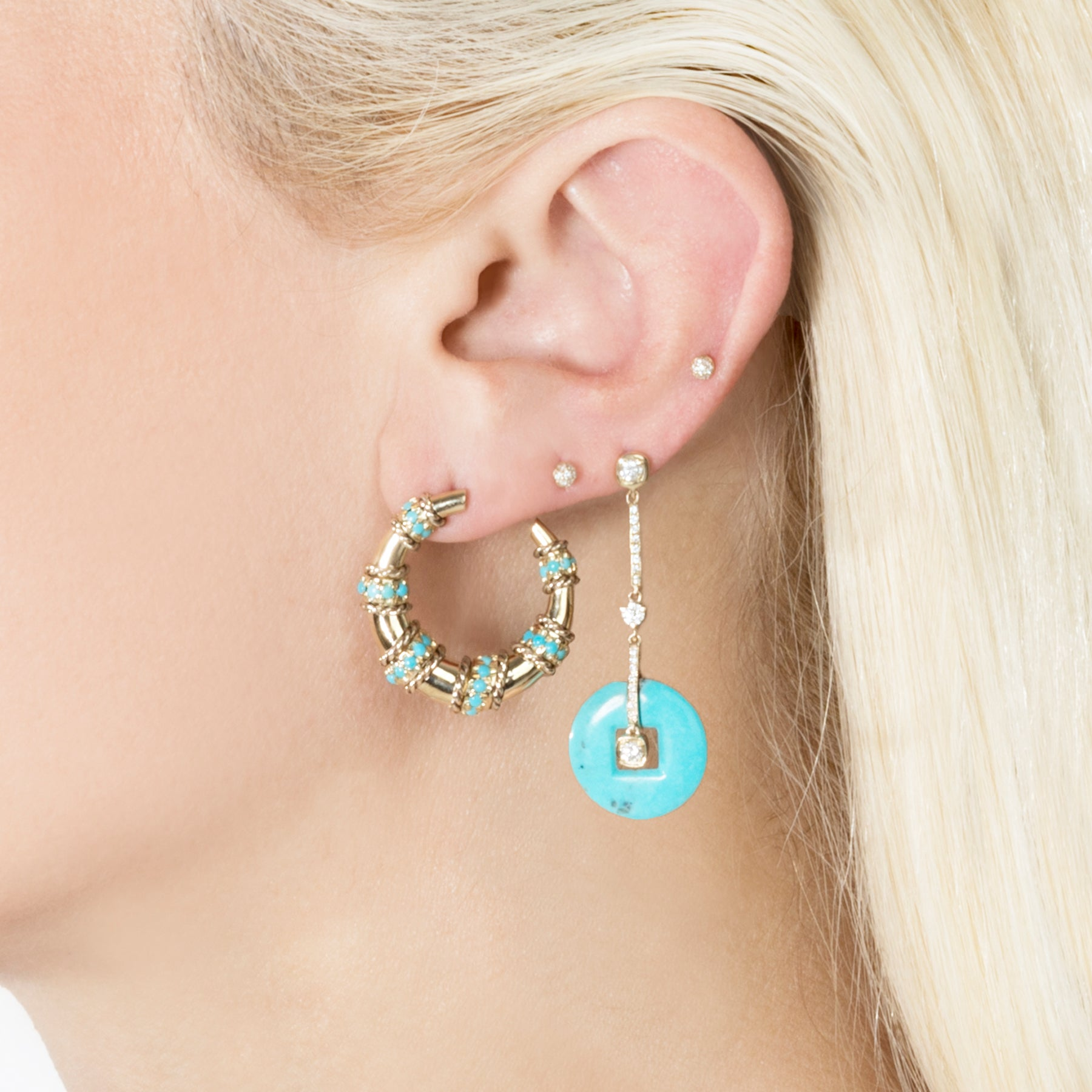 SMALL TURQUOISE SPIRAL HORN EARRING