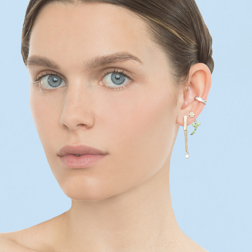 ROSE GOLD TRIPLE STONE BAGUETTE WITH DIAMOND DROP CHAIN EARRING