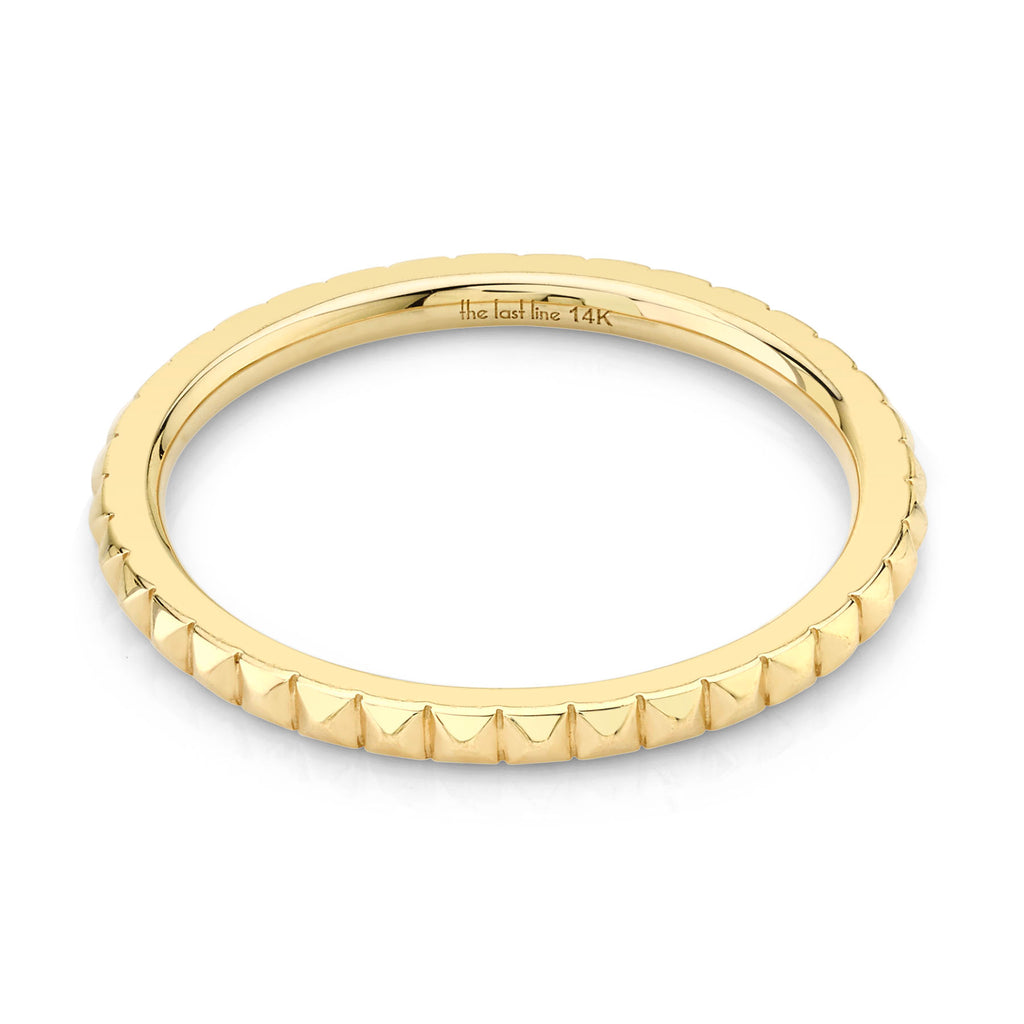 GOLD PYRAMID ETERNITY RING
