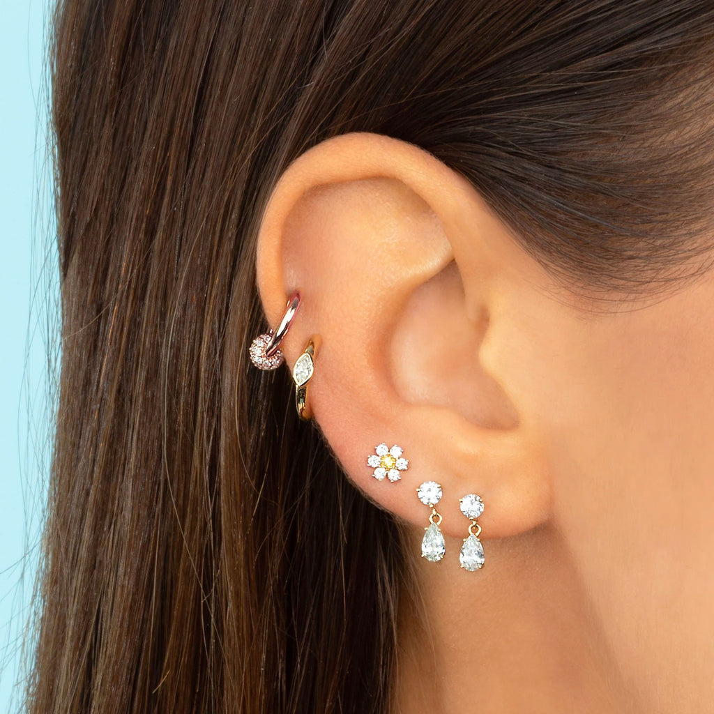 DIAMOND MINI FLOWER STUD EARRING
