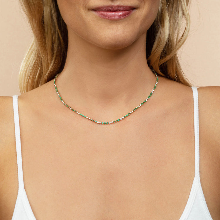 DIAMOND AND EMERALD CLASSIC NECKLACE