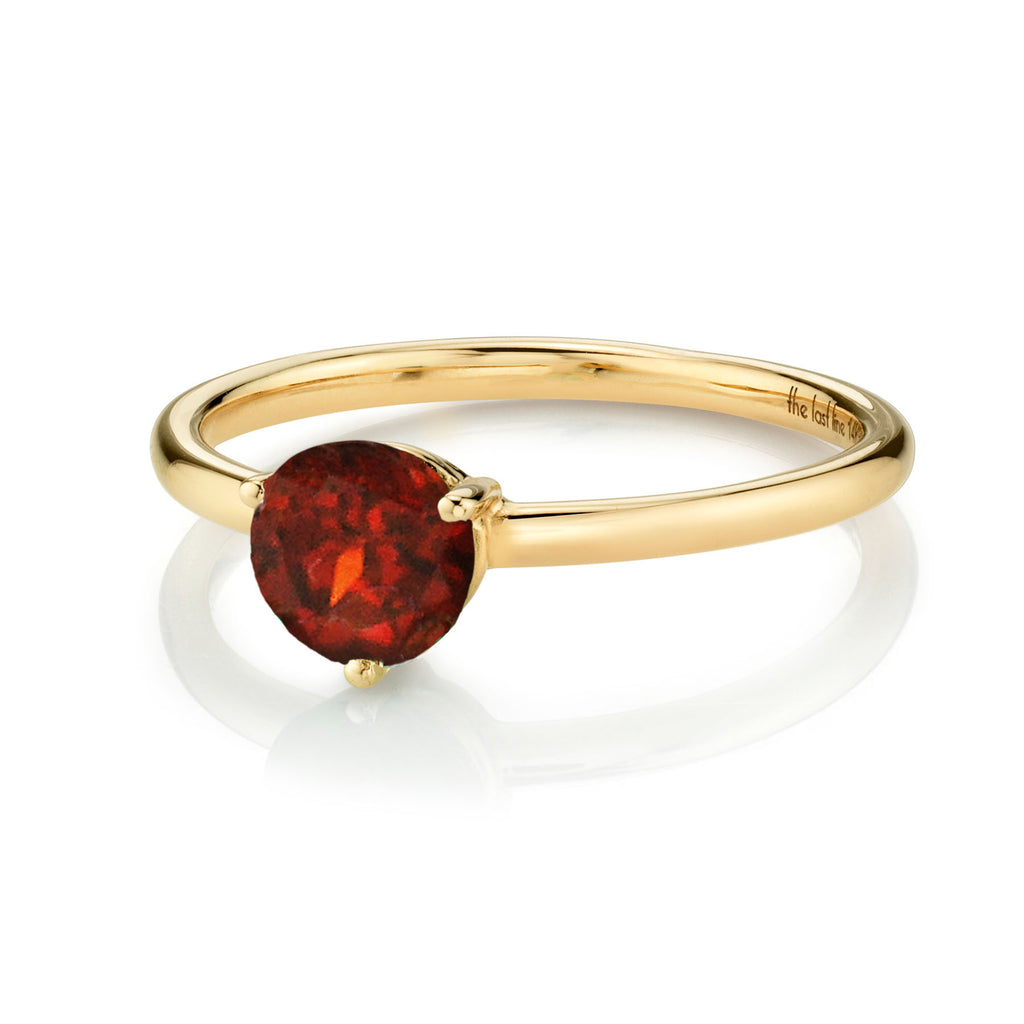 GARNET LARGE SOLITAIRE RING