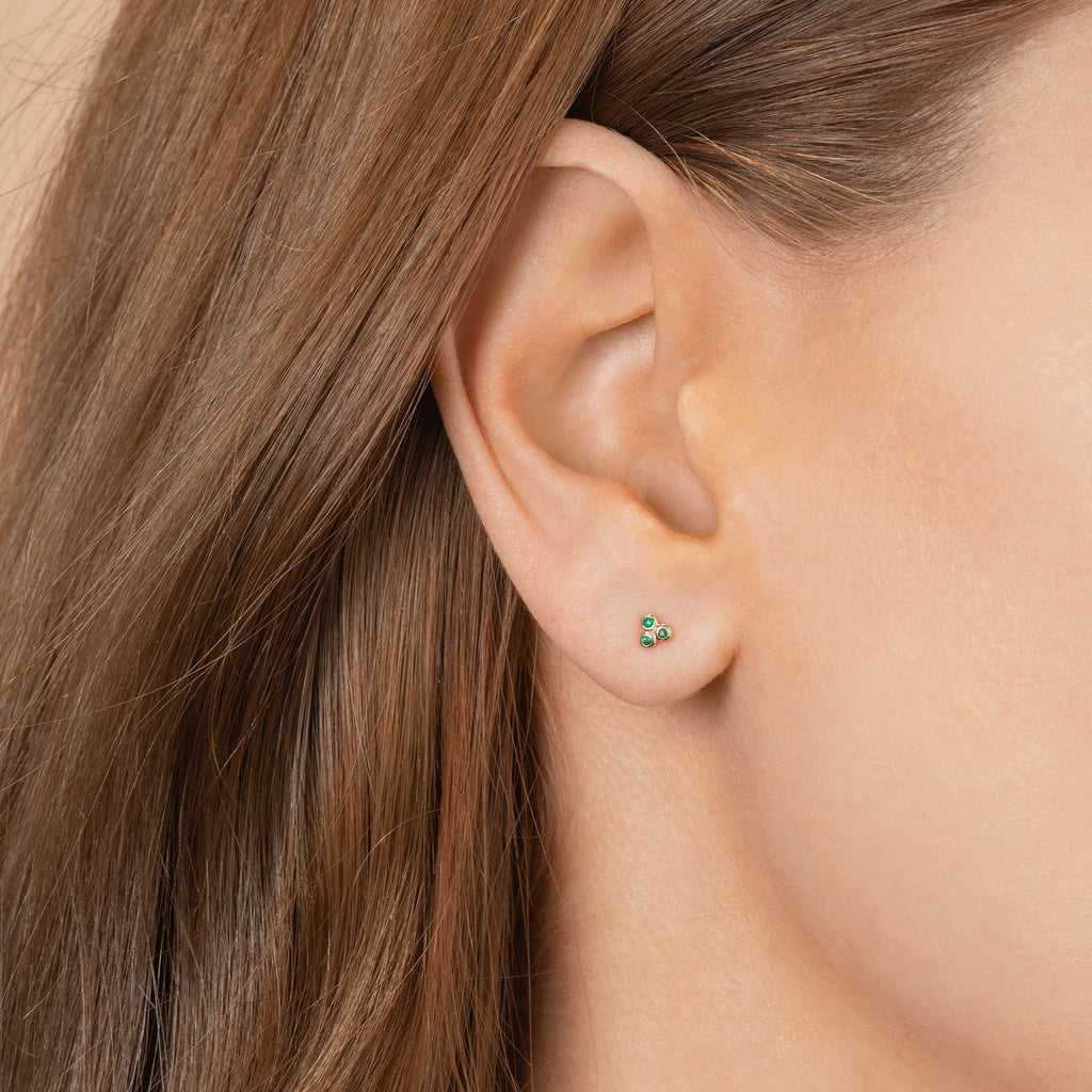EMERALD MINI CLUSTER STUD EARRING