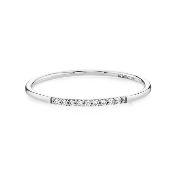DIAMOND PAVE ROUND BAND