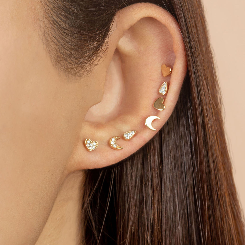 DIAMOND PAVÉ MOON STUD EARRING