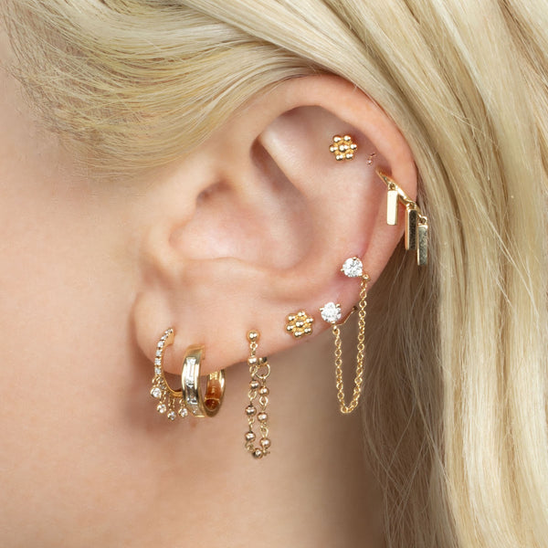 GOLD SPHERE CHAIN EARRING
