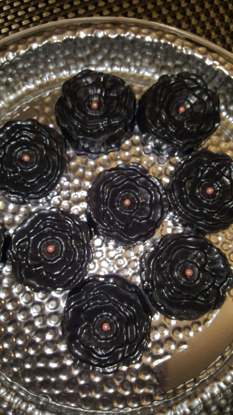 Chocolate Covered/Dipped Oreos - Rose Shape in Black