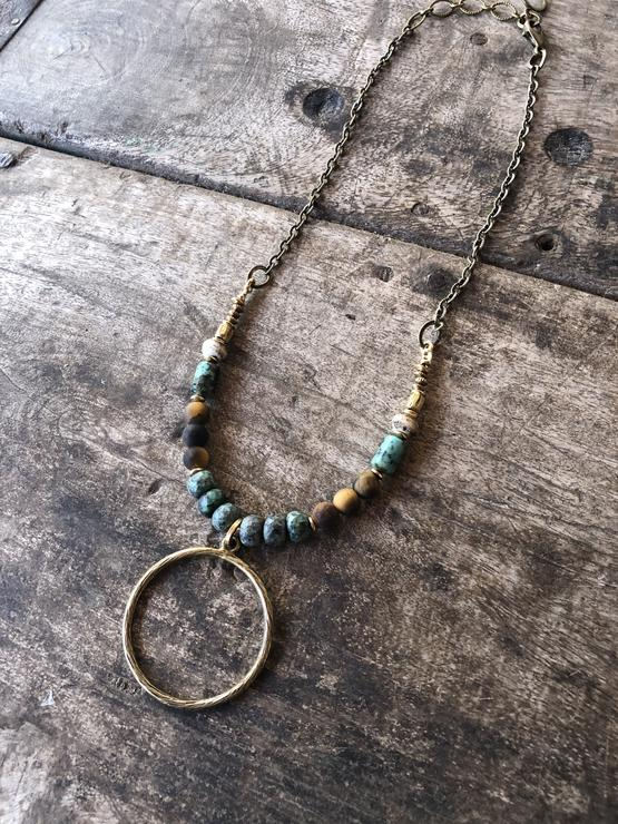 In The Round Necklace Green