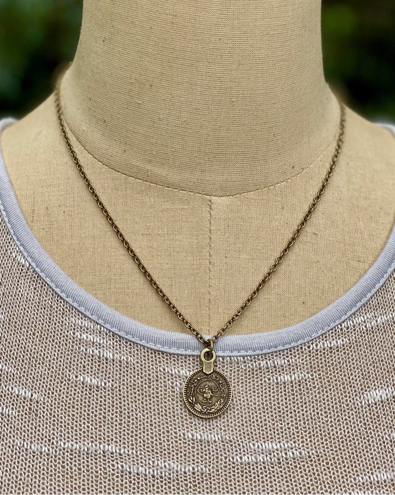 Single Lizzy Necklace Antique Gold
